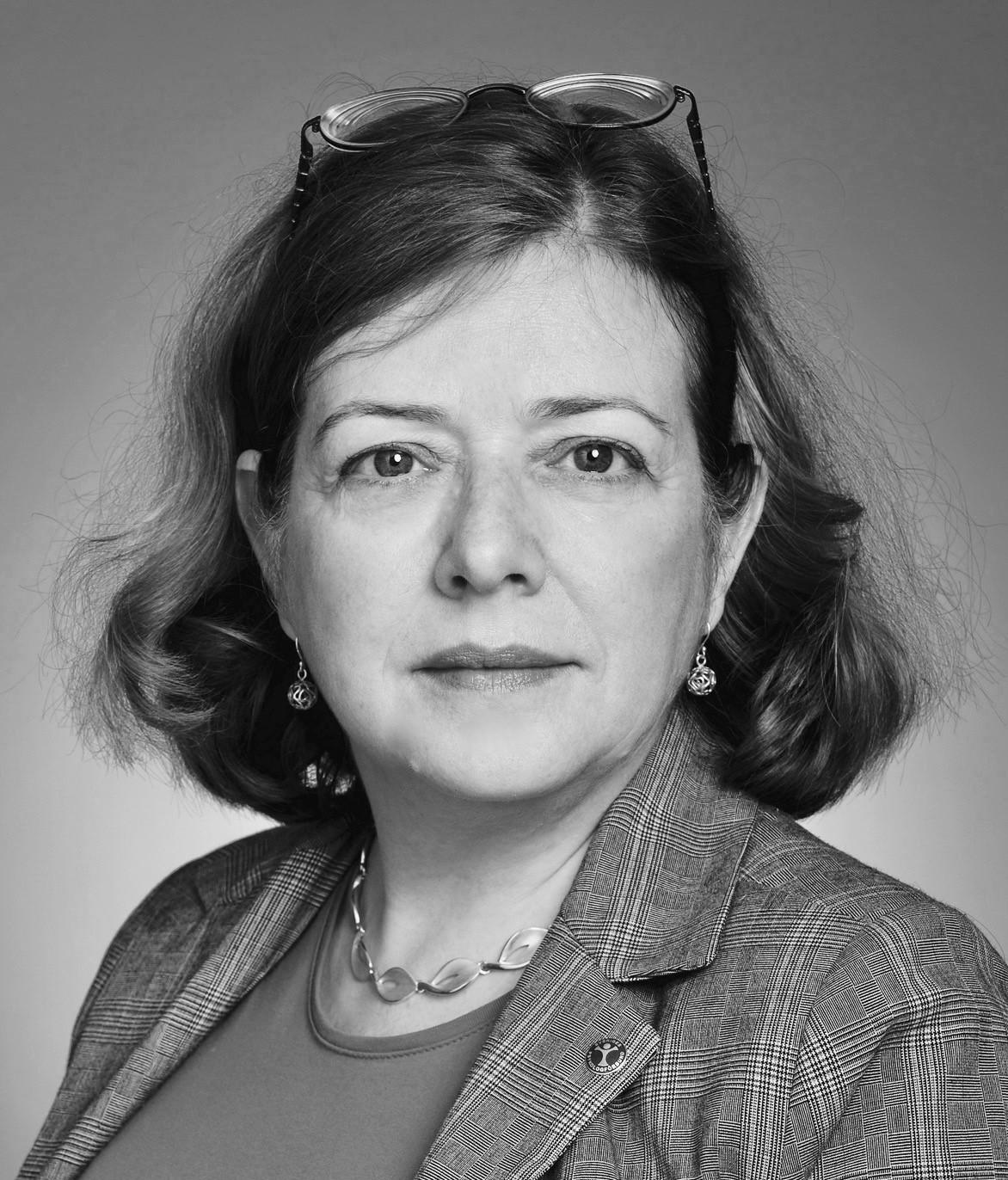 Elinor Schad